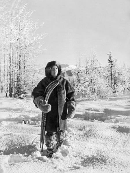 1921 Photograph - Man With Parka And Snowshoes by Underwood Archives