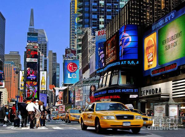Photograph - Manhattan - Times Square by Carlos Alkmin