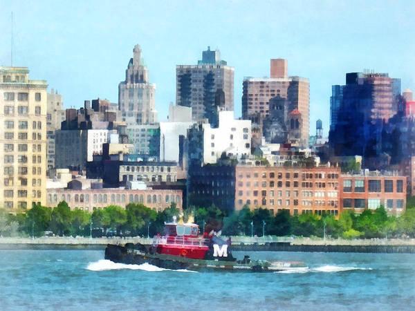 Photograph - Manhattan - Tugboat Against Manhattan Skyline by Susan Savad