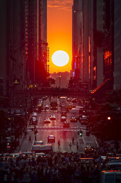 Famous Places Digital Art - Manhattanhenge by Eduard Moldoveanu