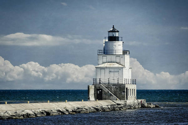 Photograph - Manitowoc Breakwater Lighthouse by Joan Carroll