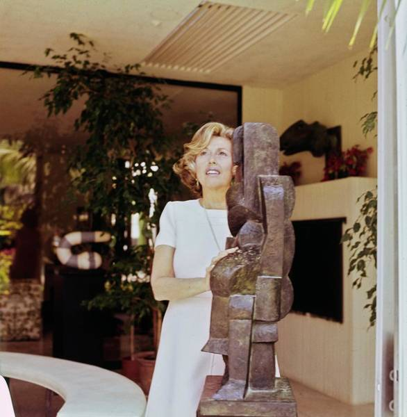 Modernist Photograph - Marcia Weisman At Home by Horst P. Horst