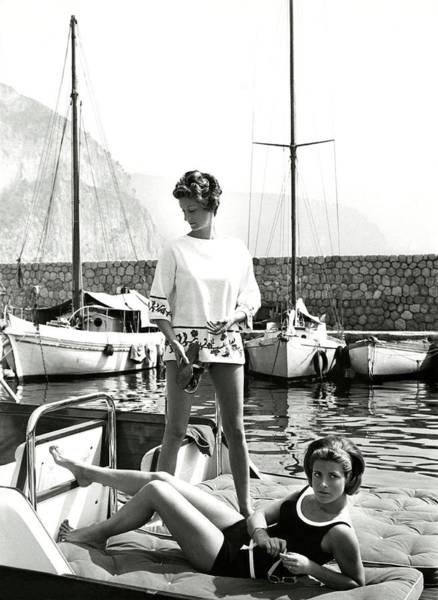 Boat Photograph - Marella Agnelli And Princess Pignatelli On A Boat by Henry Clarke