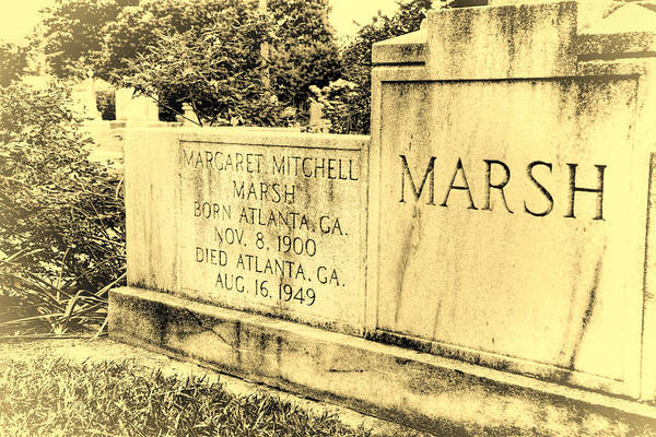 Photograph - Margaret Mitchell Grave by Joan Carroll