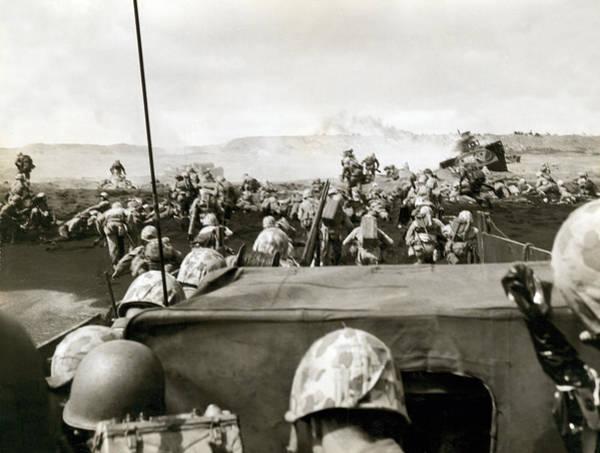 Photograph - Marines Landing On Iwo Jima by Underwood Archives