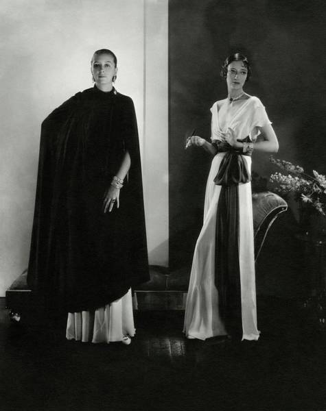 Wall Art - Photograph - Marion Morehouse And Ruth Covell by Edward Steichen