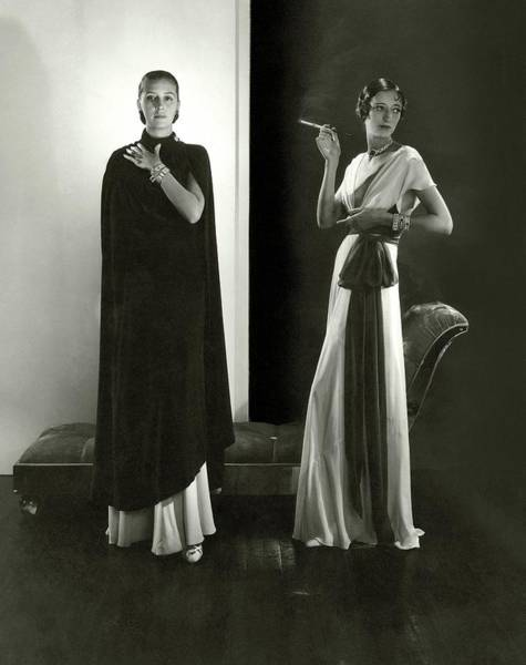 Wall Art - Photograph - Marion Morehouse And Ruth Covell Wearing A Cape by Edward Steichen