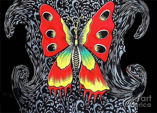 Amarillo Digital Art - Mariposa 2 by Sonia Morera