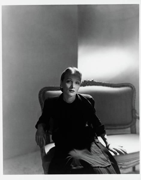 Wall Art - Photograph - Marlene Dietrich Sitting by Horst P. Horst