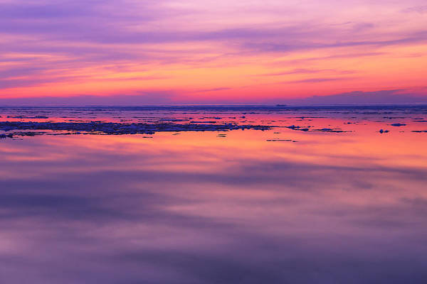 Photograph - Marquette Sunset On Ice by Rachel Cohen