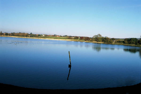 Wall Art - Photograph - Marsworth Reservoir by Leslie J Borg/science Photo Library