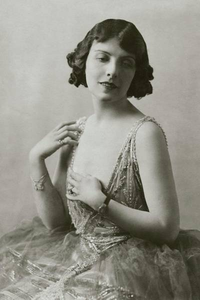 1920 Photograph - Mary Nash In The Man Who Came Back by Dorothy Wilding