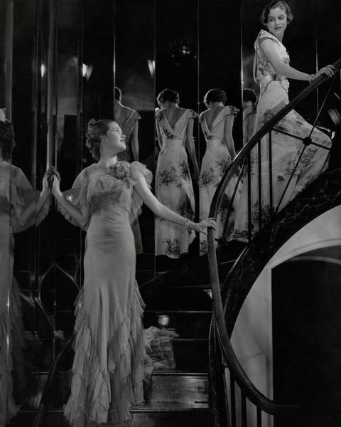 Mirror Photograph - Mary Taylor And Anne Whitehead On A Staircase by Edward Steichen