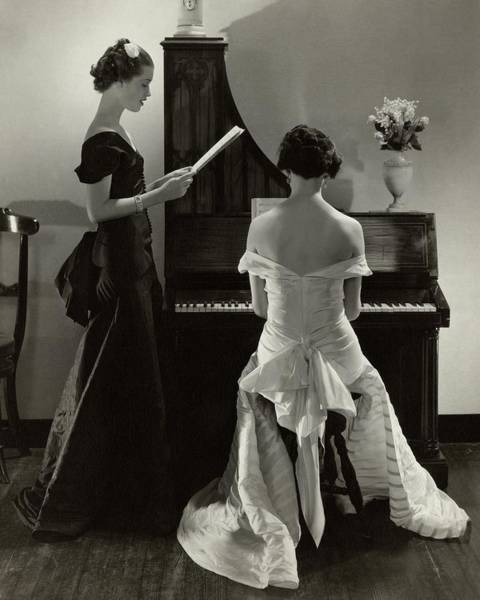 Reading Photograph - Mary Taylor And Mrs Robert H Mcadoo by Edward Steichen