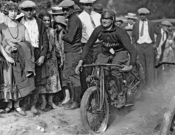 1925 Photograph - Maryland Motorcycle Club by Underwood Archives