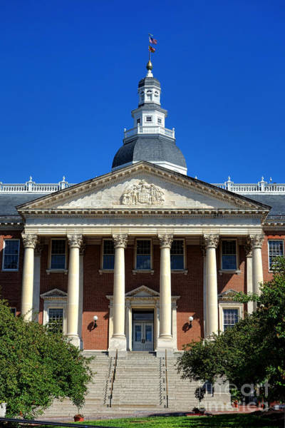 Photograph - Maryland State House In Annapolis by Olivier Le Queinec