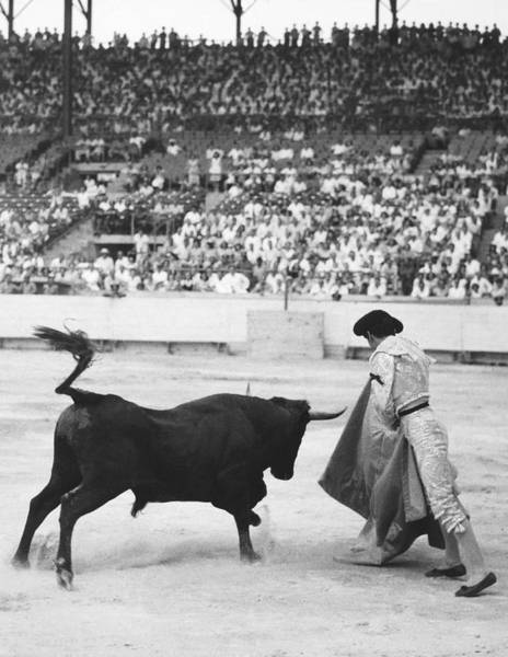 Matador Photograph - Matador Silverio Perez by Underwood Archives