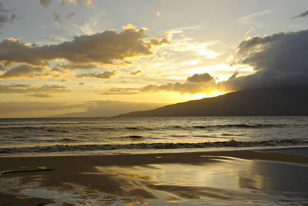 Photograph - Maui Sunset by Marilyn Wilson