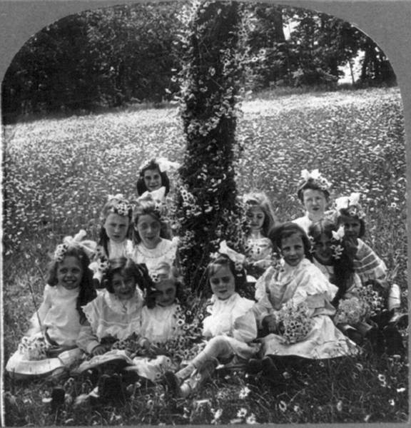 Photograph - May Day, C1906 by Granger