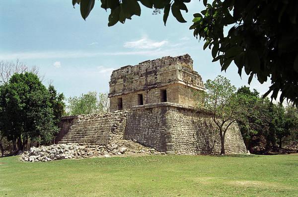 Chichen Itza Photograph - Mayan Ruin by Martin Riedl/science Photo Library