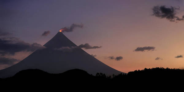 Rauch Wall Art - Photograph - Mayon Volcano Crater Glow, Legazpi by Per-Andre Hoffmann