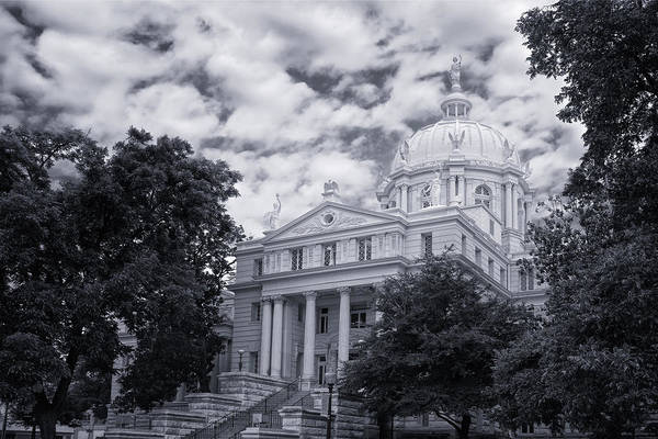 Photograph - Mclennan County Courthouse by Joan Carroll