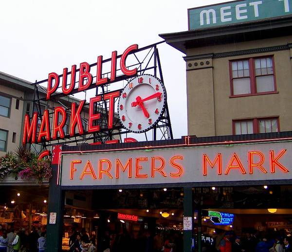 Market Place Photograph - Meet Me In Seattle by Karen Wiles