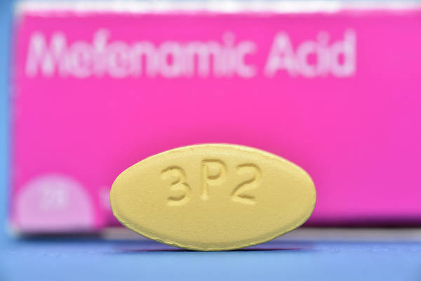 Pharmacology Wall Art - Photograph - Mefenamic Acid Drug Tablet by Dr P. Marazzi/science Photo Library