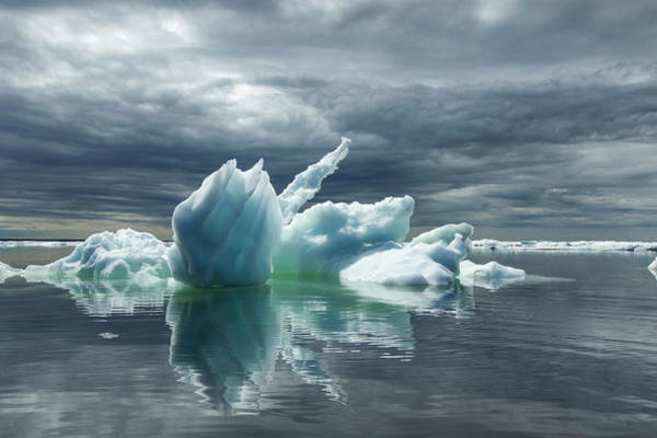 Ice Floe Photograph - Melting Icebergs, Hudson Bay, Canada by Paul Souders