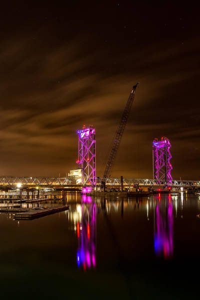 Photograph - Memorial Bridge Under The Stars by Jeff Sinon
