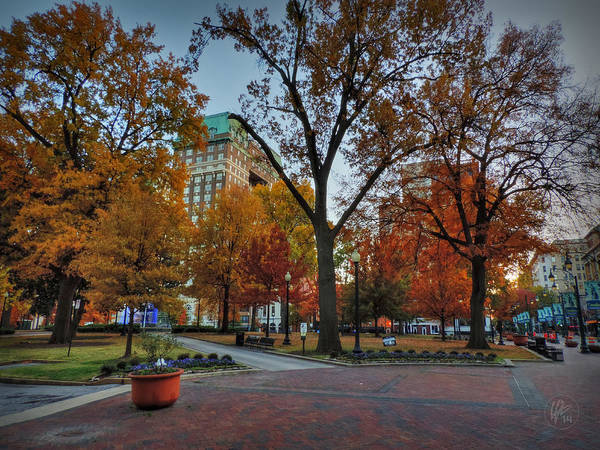 Photograph - Memphis Fall In Court Square 004 by Lance Vaughn