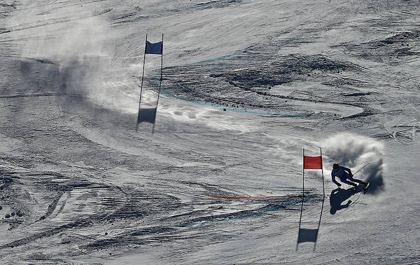 Alpine Skiing Photograph - Mens Giant Slalom by Al Bello
