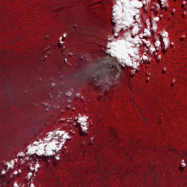 Ir Photograph - Merapi Volcanic Eruption by Nasa/gsfc/meti/ersdac/jaros/us-japan Aster Science Team/science Photo Library