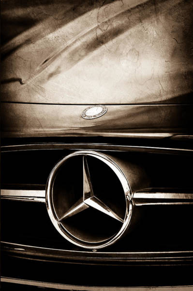 Collector Car Photograph - Mercedes-benz Grille Emblem by Jill Reger