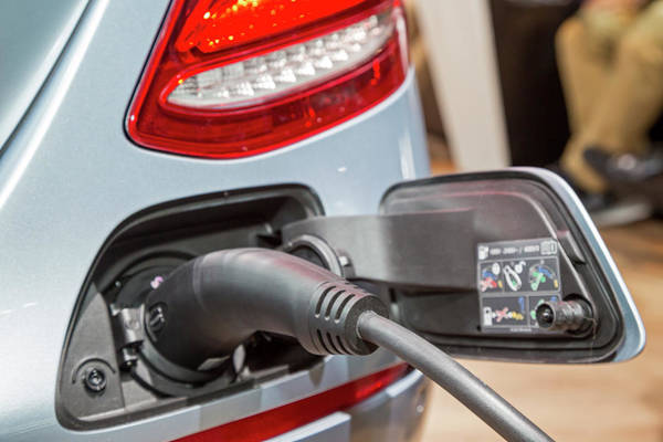 Plug-in Photograph - Mercedes Electric Car Charging by Jim West/science Photo Library