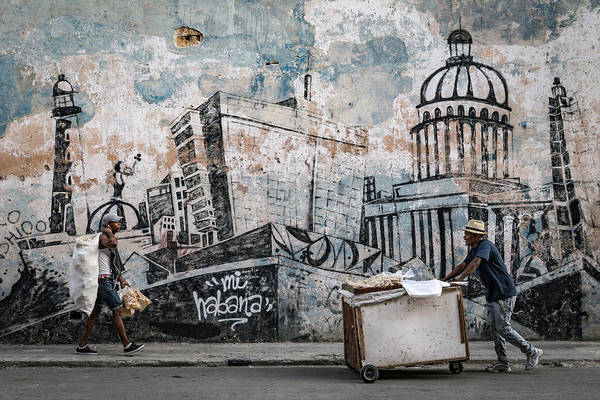 Pull Wall Art - Photograph - Mi Habana by Andreas Bauer
