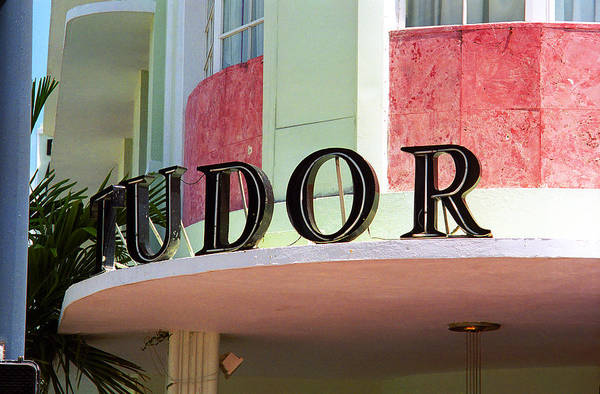 Photograph - Miami Beach - Art Deco 11 by Frank Romeo