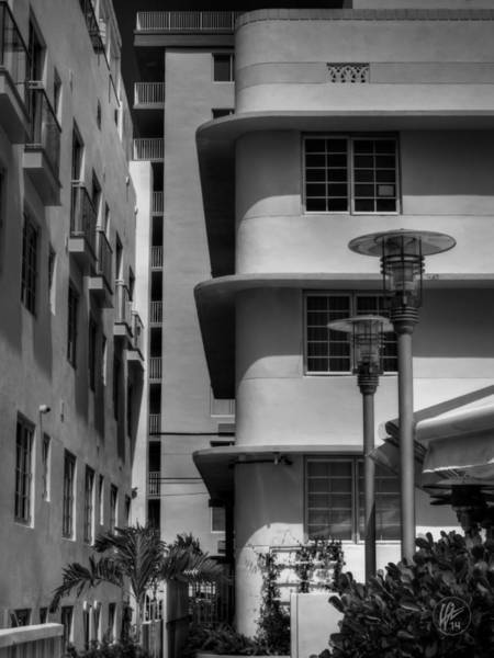 Photograph - Miami - Deco District 009 by Lance Vaughn