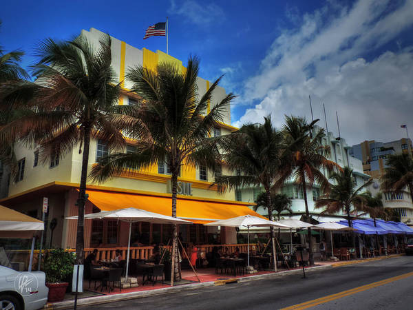 Photograph - Miami - Deco District 011 Color by Lance Vaughn