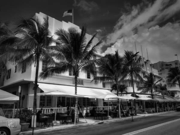 Photograph - Miami - Deco District 011 by Lance Vaughn