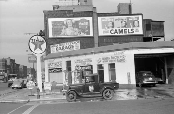Wall Art - Photograph - Michigan Gas Station, 1940 by Granger