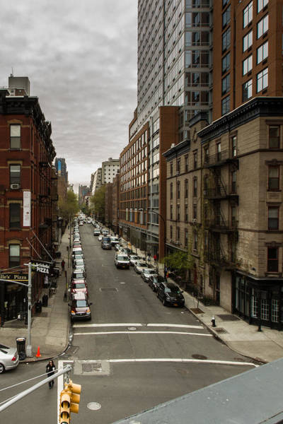 Photograph - Midtown Avenue by Dave Hahn