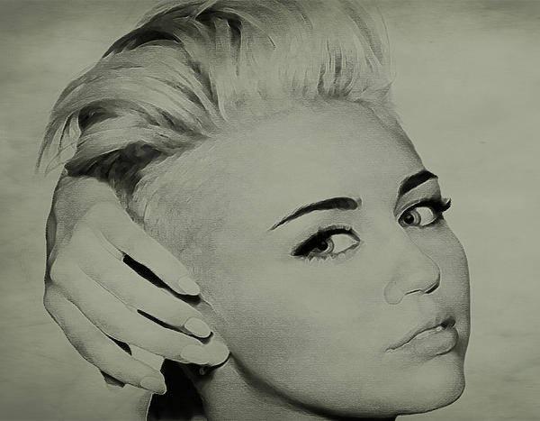 Miley Cyrus Wall Art - Drawing - Miley Cyrus  by Brian Reaves