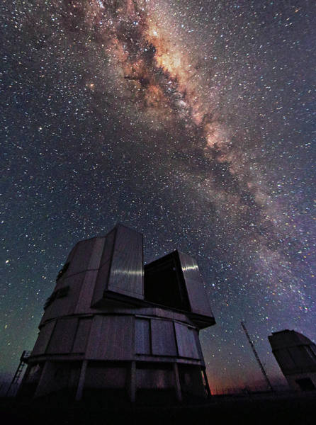 Very Large Array Photograph - Milky Way Over The Very Large Telescope by Babak Tafreshi