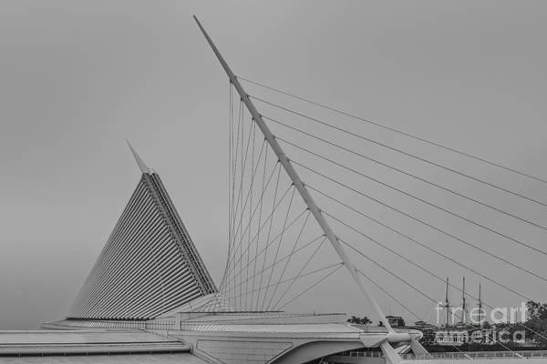 Photograph - Milwaukee Wisconsin Museum Of Art Final by David Haskett II