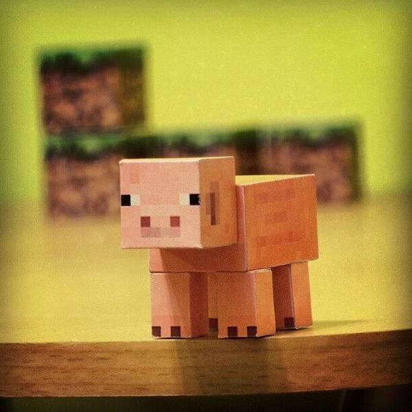 #minecraft #pig #piggy #paper #papercut Art Print