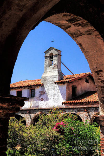 Photograph - Mission San Juan Capistrano by Richard Lynch