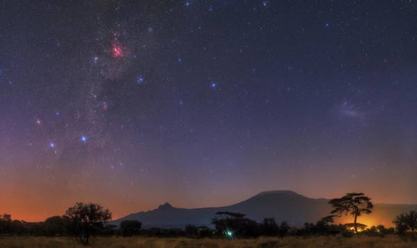Amboseli Wall Art - Photograph - Mliky Way And Large Magellanic Cloud by Babak Tafreshi