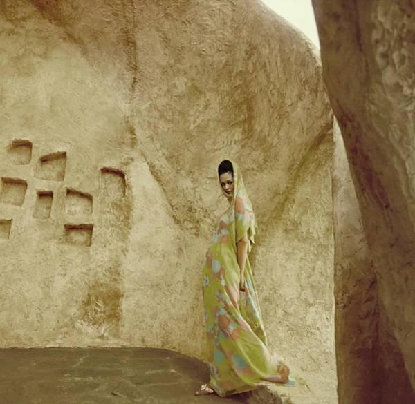 Photograph - Model In Chiffon Sari by Henry Clarke