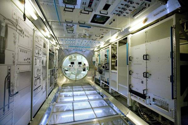 Iss Photograph - Model Of Iss Module Columbus by Adam Hart-davis/science Photo Library